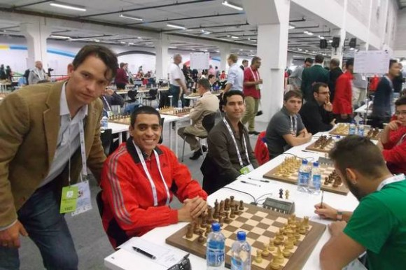 El equipo cubano en la Olimpiada de tromso. foto: Web de la Olimpiada