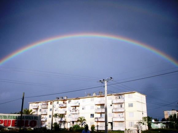 Doble arcoiris en Pinar del Río. Foto: Kenia de Armas Lugo / Cubadebate