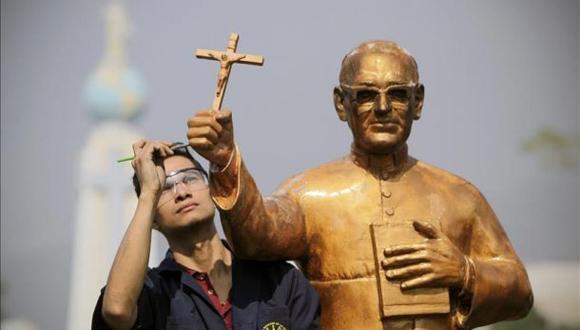 El Salvador Padre Arnulfo