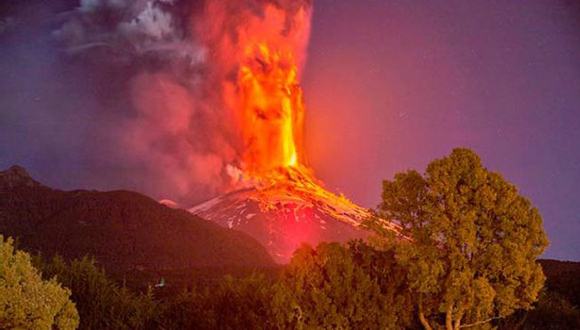 El Villarica mide 1 847 metros de altura