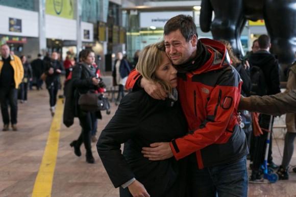 Llegada de familiares de las víctimas del vuelo 9525 al aeropuerto de El Prat de Barcelona. Foto: Albert García