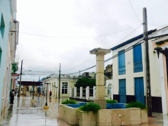 Llueve en Manzanillo, Granma. Foto: Yasiel Jorge Martinez / Cubadebate