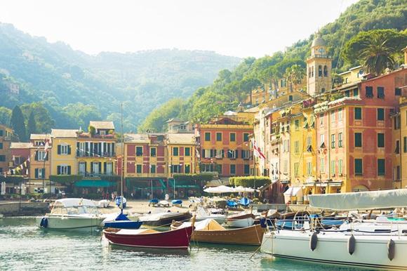 Portofino se trata de una comuna ubicada en laprovincia de Génova en la Riviera italiana