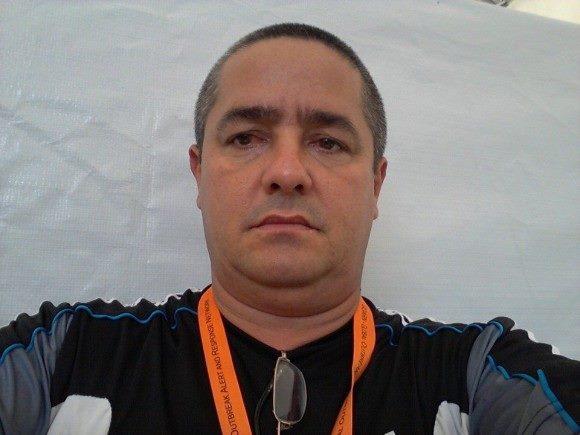 """El Dr. Ronald Hernández Torres, miembro de la Brigada """"Henry Reeve"""" y colaborador cubano de la salud que combatió el ébola en Liberia. Foto: Ronald"""