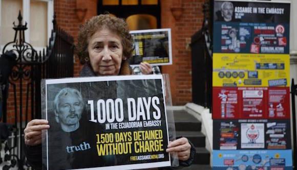 En ocasión de su milésimo día bajo asilo en territorio ecuatoriano, Julian Assange no apareció ante los medios como acostumbraba anteriormente. Foto: EFE.