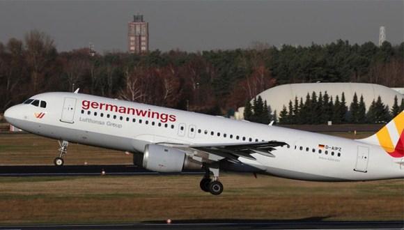 Avión con 148 personas a bordo se estrella en sur de Francia