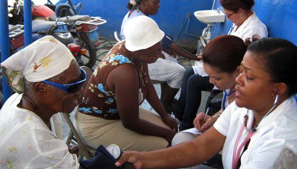La solidaridad médica cubana llega actualmente a 67 países