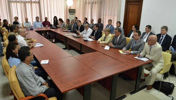 Diálogos de paz en La Habana.