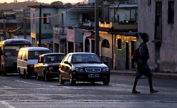 Diez de Octubre y Lacret. Foto: Ladyrene Pérez/ Cubadebate.