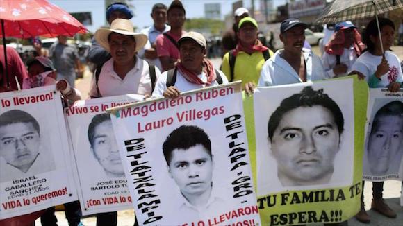 desaparecidos 43 mexico protesta