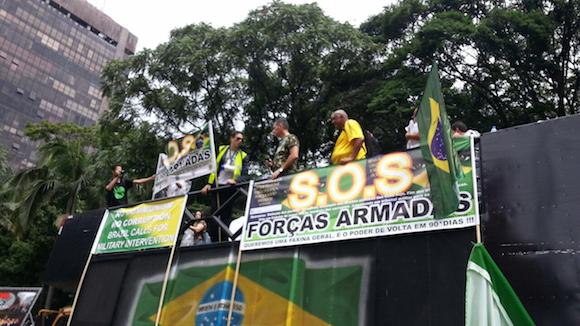 Expresión del 1% de la población: ¿advertencia, peligro o chantaje a Dilma?
