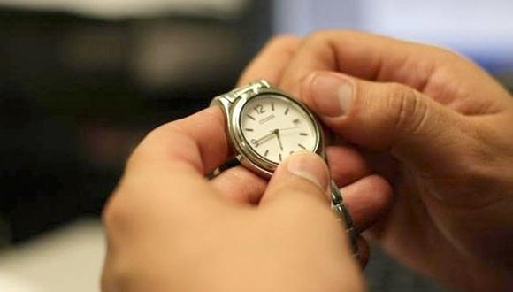 A las 12:00 de la noche del sábado 7 de marzo, deberán adelantarse una hora las manecillas de los relojes.