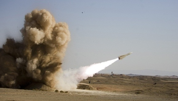 Irán desplegará el mes que viene un nuevo sistema de defensa antimisiles capaz de derribar objetivos enemigos a distancias de hasta 200 kilómetros