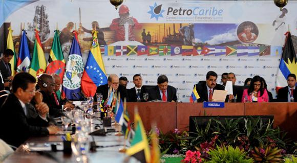 IX Cumbre de jefes de Estado y de Gobierno de Petrocaribe. Foto: AIN.