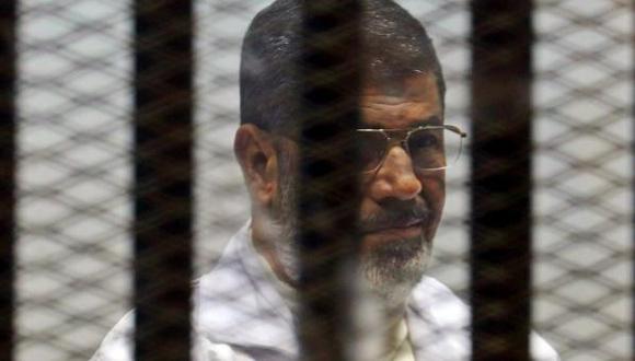 Además de Morsi, fueron sentenciados a la misma pena varios dirigentes de los Hermanos Musulmanes.