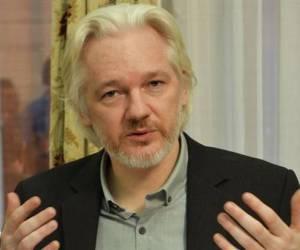 Assange insta a EEUU a dejar de interferir en asuntos de Venezuela