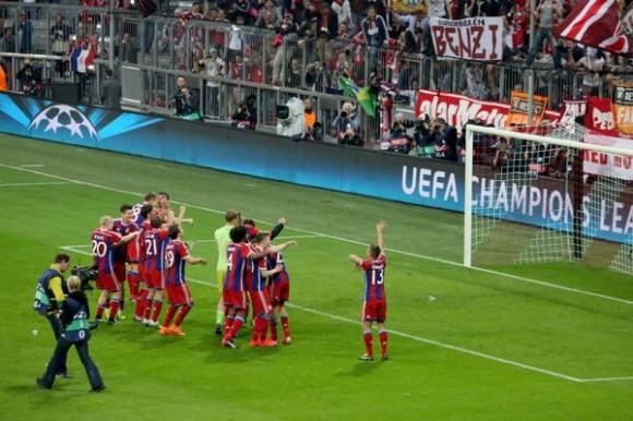 Celebración del equipo bávaro. Foto tomada del twitter del Bayern de Munich