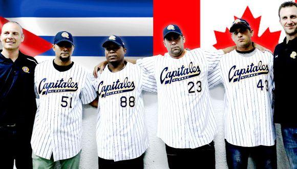 Cuatro peloteros cubanos oficializan contrato con equipo profesional de Canadá