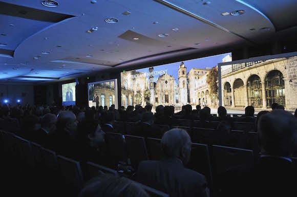 II Cumbre Empresarial de las Américas en el hotel Riu  Plaza Panamá, Ciudad de Panamá, donde el ministro cubano de Comercio Exterior e Inversión Extranjera, Rodrigo Malmierca, hizo una intervención a nombre de Cuba. Foto: Juvenal Balán/ Granma