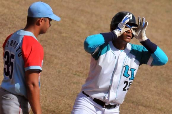 Jorge Tartabul disfruta el juego. Foto: Ricardo López Hevia / Granma / Cubadebate