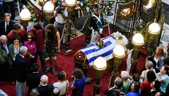 Funerales de Eduardo Galeano. Foto: AP.