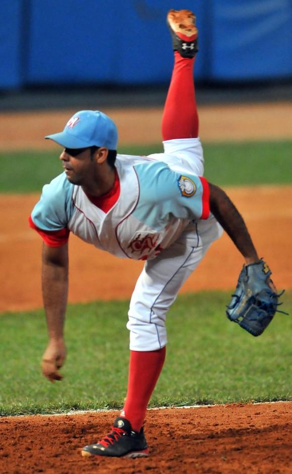 Ismel Jiménez tiró siete innings sin permitir carreras. Foto: Ricardo López Hevia.