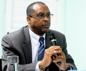 John-Mc-Coollogh-presidente-y-Director-Ejecutivo-del-Servicio-Mundial-de-Iglesias