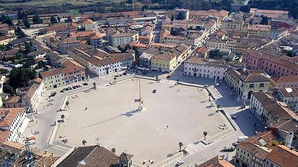 La plaza de Palmanova.