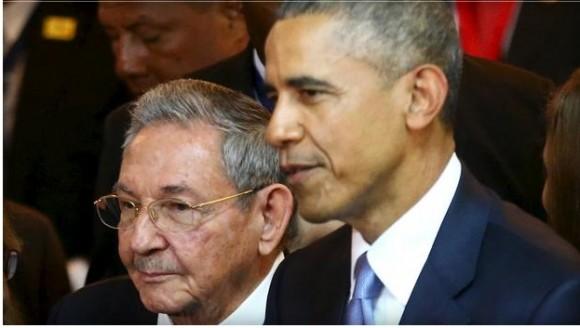 Raúl y Obama. Foto: Reuters