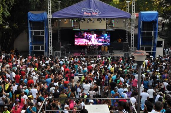 Músicos cubanos protagonizarán concierto benéfico para pacientes de cáncer y damnificados de Irma
