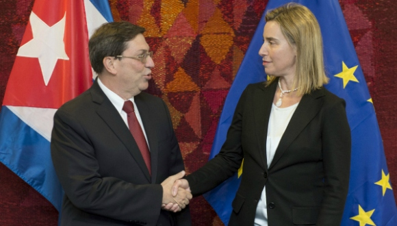 Canciller cubano sostiene reunión con Federica Mogherini en Bruselas