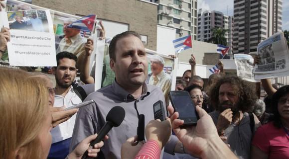 Luis Morlote en conferencia de prensa: se retira la delegación cubana del plenario del Foro de la Sociedad Civil. Foto: Ismael Francisco/ Cubadebate