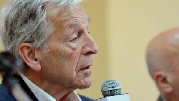 El cineasta greco-francés Konstantinos (Costa) Gavras, durante la  Conferencia de Prensa por el inicio del XVIII Festival de Cine Francés, La Habana, Cuba, 30 de abril de 2015.  Foto: Oriol de la Cruz ATENCIO/AIN