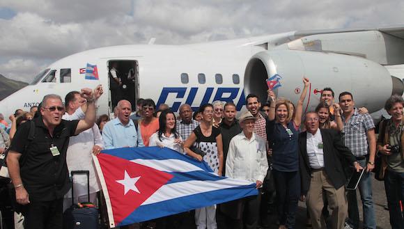 La delegación cubana a los Foros paralelos del VII Cumbre de Panamá. Foto: Ismael Francisco/ Cubadebate