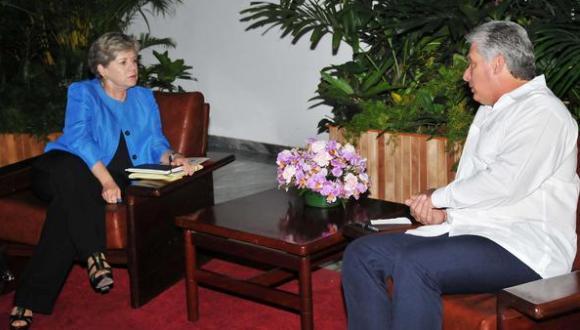 Recibe primer vicepresidente cubano a Secretaria Ejecutiva de CEPAL