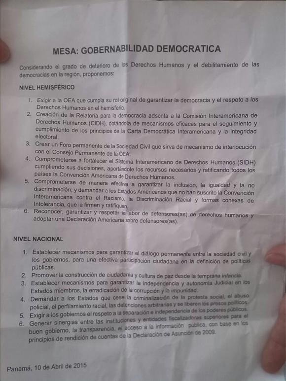 Este documento apareció se la nada en la mesa de gobernabilidad. La Delegacion cubana denuncia la manipulación. Foto: Sergio Gómez/ Facebook