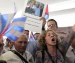 Integrantes de la delegación cubana, que ha esta denunciando la presencia en Panamá de mercenarios a sueldo de gobiernos extanjeros y del asesino del Che, Félix Rodríguez. Foto: Ismael Francisco/ Cubadebate
