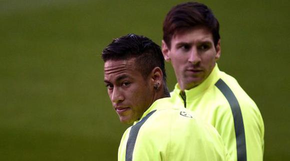 Neymar y Messi en el entrenamiento en el Parque de los Príncipes. Foto: Franck Fife / AFP.