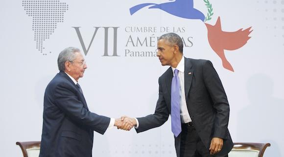 Raúl Castro y Barack Obama. Foto: Pablo Martínez/ AP