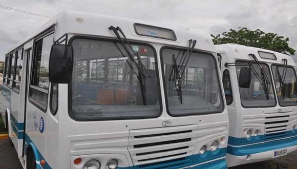 Ministro del transporte afirma que avanza programa general de recuperación del transporte en Cuba