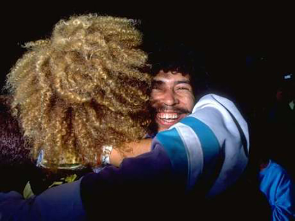 Valderrama e Higuita. Foto: Getty Images