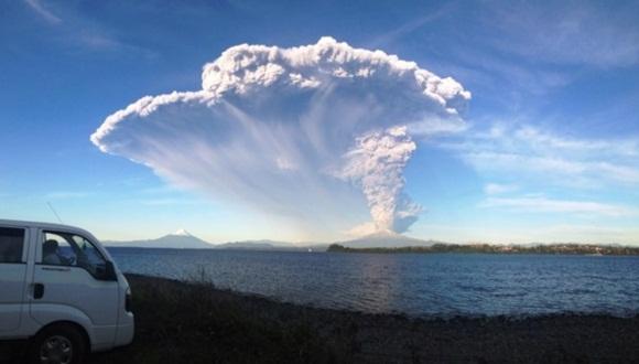 Imagen del volcán Calbuco después de una erupción, en la provincia de Llanquihue, Chile. | Foto: Servicio Nacional de Geología y Minería.