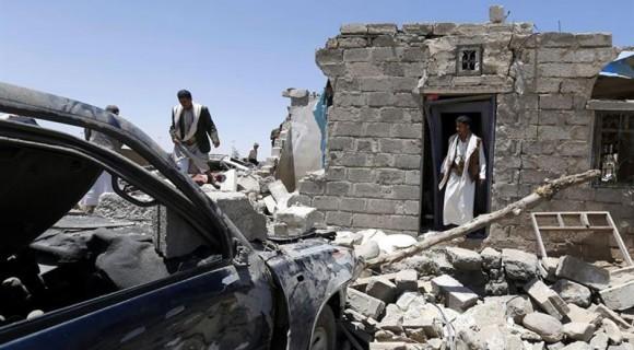 Capital de Yemen sufre intensos bombardeos durante la noche