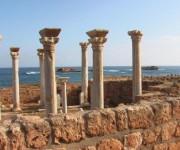 Restos de la ciudad griega Apolonia en Libia. Foto: ANSA.