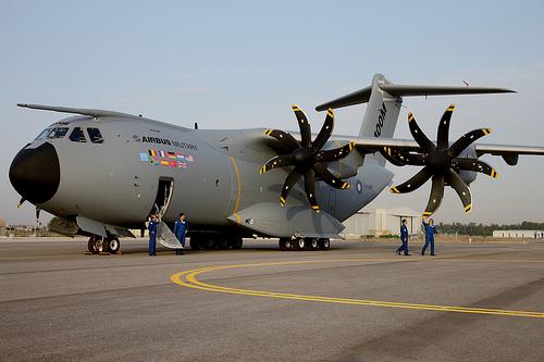 Avión A400M similar al que cayó hoy cerca del aeropuerto de Sevilla. Foto tomada de topaviones.com