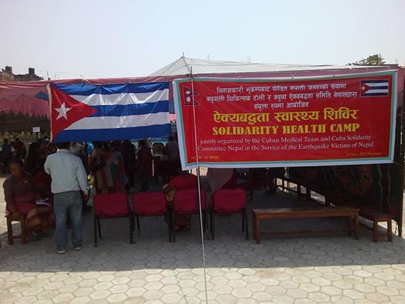 Campamento de solidaridad en Nepal