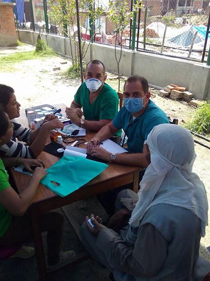 Campamento de solidaridad en Nepal8
