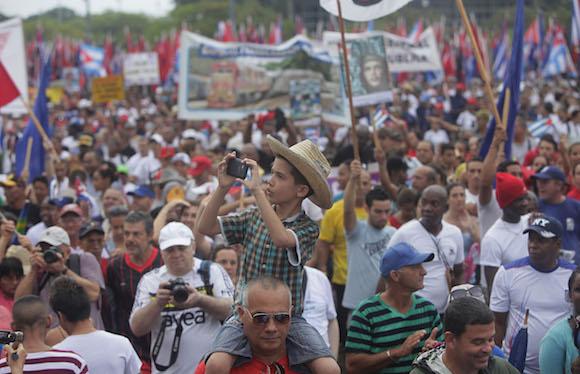 Desfile del Primero de Mayo, en La Habana. Foto: Ismael Francisco/Cubadebate.