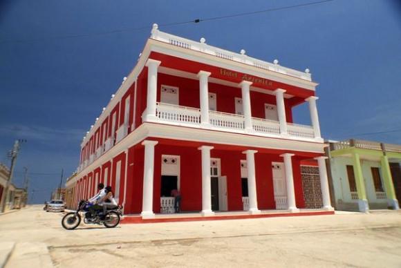 El Hotel Arsenita, uno de los Hoteles E de Cubanacán en Gibara, Holguín. Foto: Juan  Pablo Carreras / Archivo de Cubadebate
