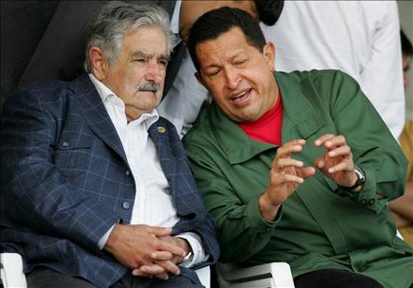 Hugo-Chávez-y-José-Pepe-Mujica